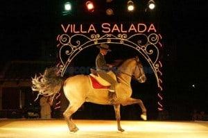 Еда в лучших испанских традициях I: Villa Salada (Видео)