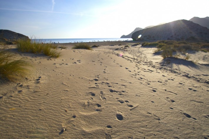 Правила поведения на испанских пляжах