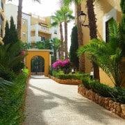 Апартаменты в респектабельной урбанизации Aldea del Mar