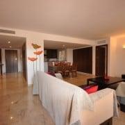 Апартаменты рядом с морем в аренду, в Пунта Прима, Коста Бланка, Испания-гостиная