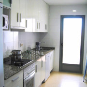 Апартаменты Arenales-5 4-6 Аликанте-кухня