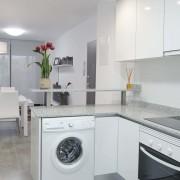 Апартаменты Arenales-8 4-6 в Эльче Аликанте-кухня