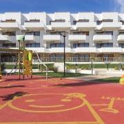 Апартаменты Компоамор в Ориуэла Коста (Аликанте)-детская площадка