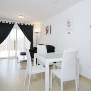 Апартаменты Linnеa Sol в Плаяс де Ориуэла, Вилламартин (Аликанте)-столовая