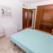 Апартаменты в аренду в Пунта Приме, Коста Бланка, Испания-спальня1
