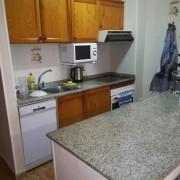 Квартира с 1-ой спальней возле пляжа Ла Мата в Торревьехе-кухня