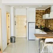 Апартаменты с большой террасой и 1-й спальней (улица Ла Лома), Торревьеха-кухня