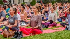 Фестиваль горячей йоги и пилатеса в Аликанте