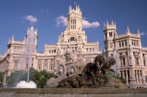100 летний юбилей отмечает дворец Сибелес в Мадриде