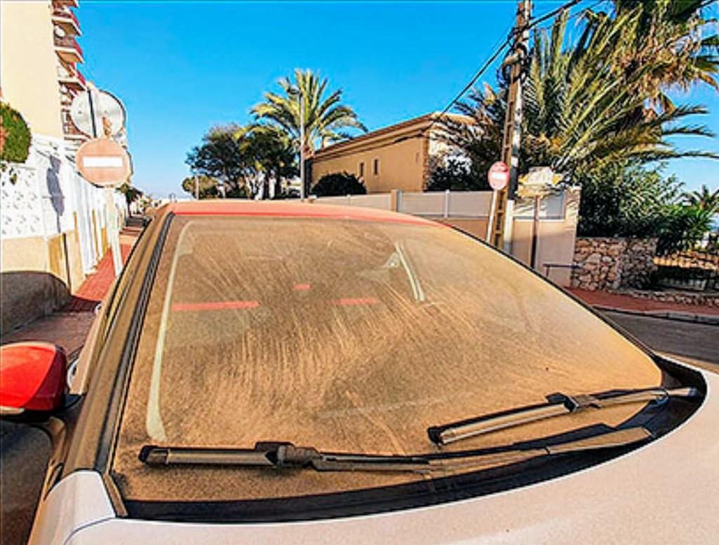 Торревьеха дождь из песка